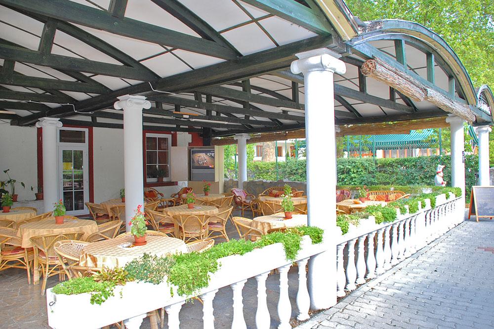 Baranya Hotel